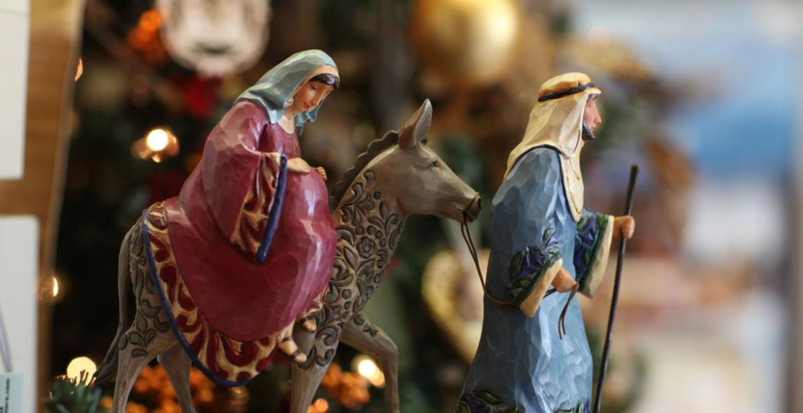 Statue depicts Mary and Joseph on the road to Bethlehem. Photo by Kathleen Barry, United Methodist Communications.