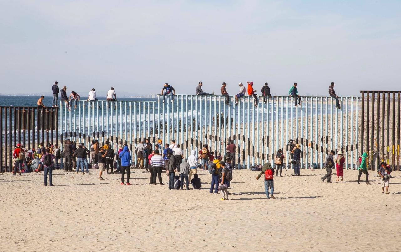 This is a view of the border fence in El Faro Park in Tijuana, Mexico, after the arrival of the first members of the migrant caravan. Photo courtesy of Rubén Velarde de la Congregación Nuevo Pacto de Playas de Tijuana.