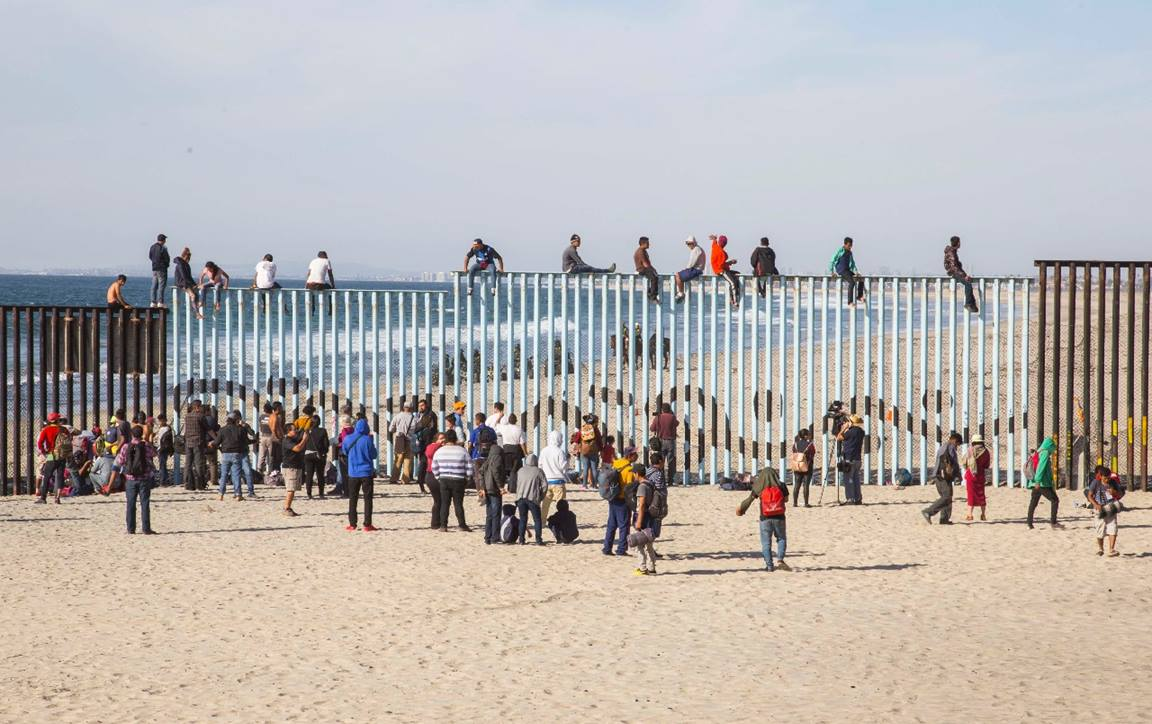 This is a view of the border fence in El Faro Park in Tijuana, Mexico, after the arrival of the first members of the migrant caravan. Photo courtesy of Rubén Velarde de la Congregación Nuevo Pacto de Playas de Tijuana.