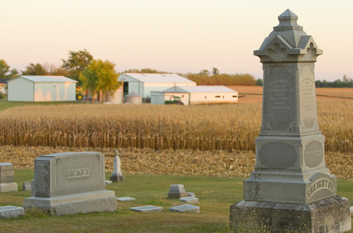 Le ministère auprès des mourants et de ceux qui pleurent est un ministère vital des pasteurs méthodistes unis. Photo de Mike DuBose, United Methodist Communications.