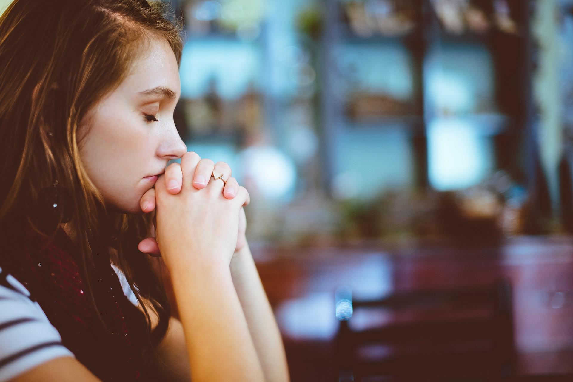 Los metodistas unidos entienden la necesidad de confesar su pecado ante Dios y ante los demás. Foto cortesía: Pixabay/CC0 Creative Commons.