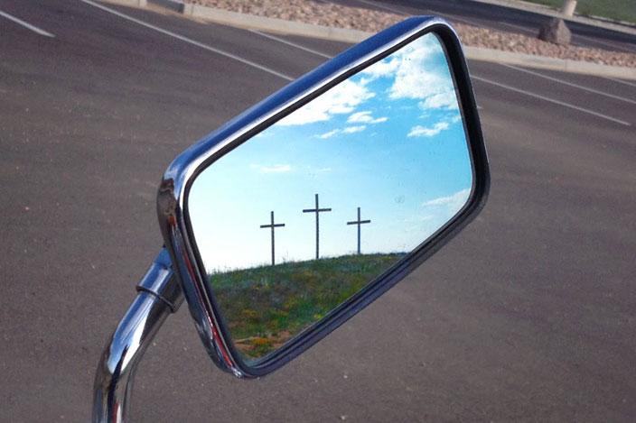 하루의 끝에서 하나님의 임재를 발견하기 위해 그날을 돌아보는 일은 우리가 앞으로 예수님을 더 잘 따를 수 있게 도와준다. 사진 제공: 조 이오비노, 연합감리교회 공보부.