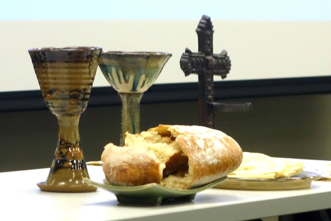 Communion is not an individual, private sacrament; rather it is celebrated by the full, gathered congregation. Photo by Diane Degnan, United Methodist Communications.