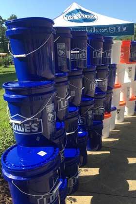 The United Methodist Committee on Relief (UMCOR) coordinates ways to give food, water, and other supplies to those in need. File photo by Bridget Sloane, United Methodist Communications.