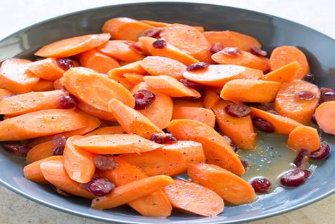 A vintage recipe for carrots and cranberries makes for a delightful Easter side dish.