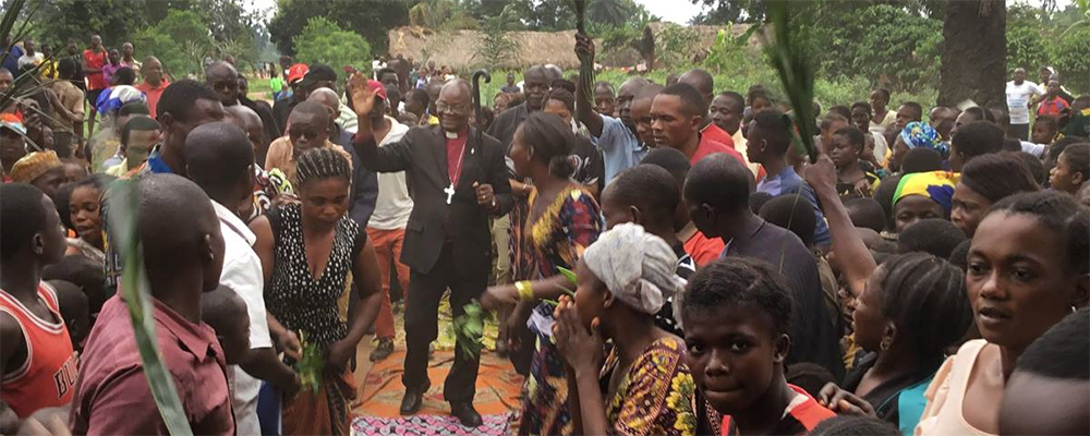 Bishop Unda visits remote areas of Congo for first time