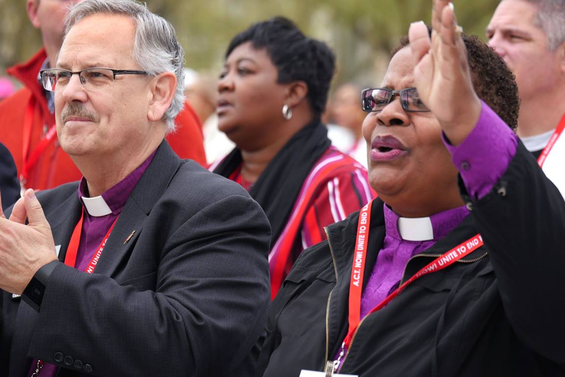 United Methodist Bishops Bruce R. Ough and LaTrelle Easterling stand in solidarity during the 2018 national rally to end racism. File photo by Kathy L. Gilbert, United Methodist Communications.