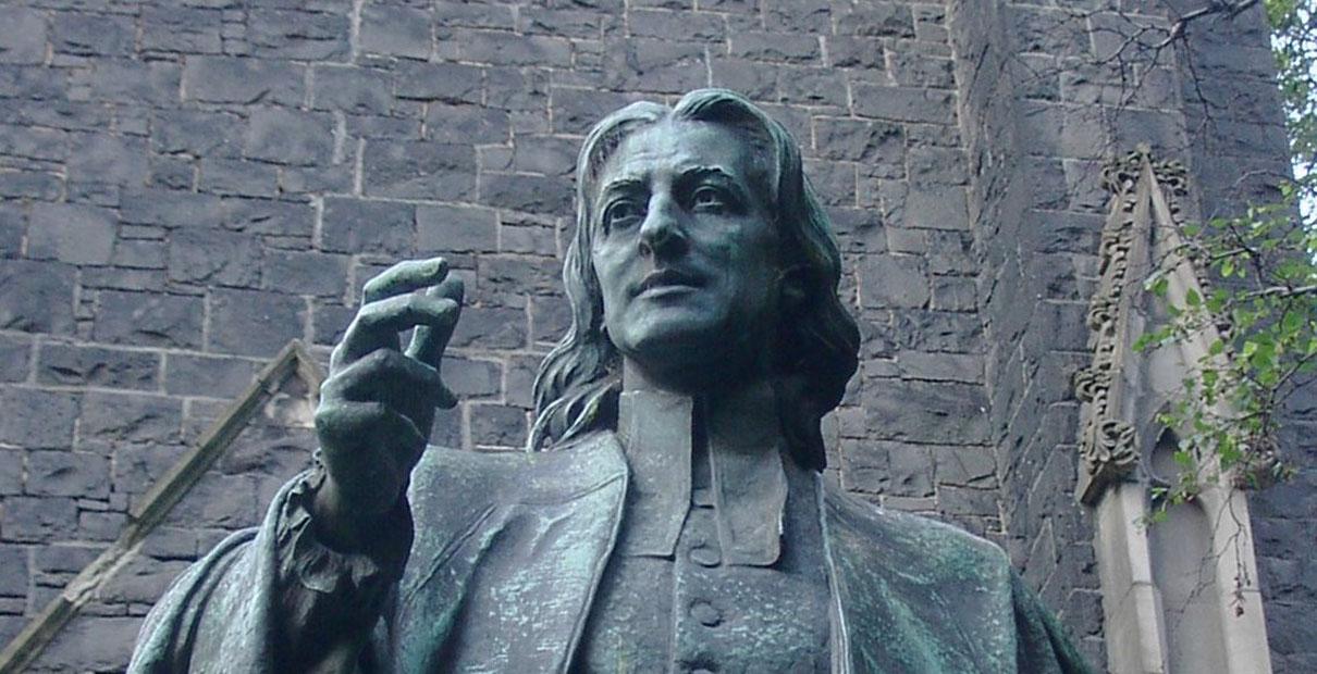 Statue de John Wesley par Paul Raphael Montford, à Melbourne, Australie. Photo par Adam Carr, Wikimedia Commons.