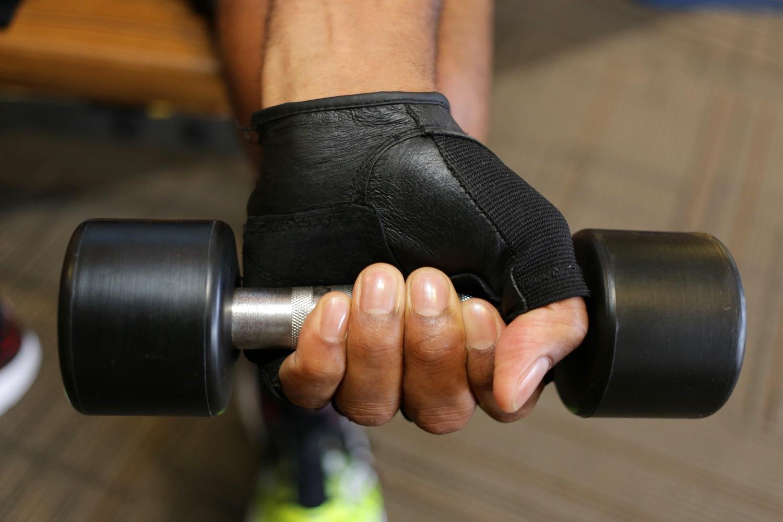 A Gratidão funciona um pouco como seu músculo. Quanto mais você usa, mais forte e capaz ele se torna. Uma ilustração fotográfica do Reverendo Gary Henderson por Ronny Perry, United Methodist Communications.