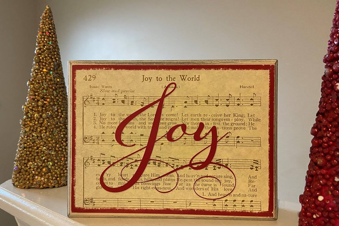 """""""Joy to the World,"""" found in The United Methodist Hymnal alongside """"Hark, the Herald Angels Sing"""" and """"Away in a Manger,"""" was not originally written to be a hymn, nor was it written about Christmas. Photo by Crystal Caviness, United Methodist Communications."""
