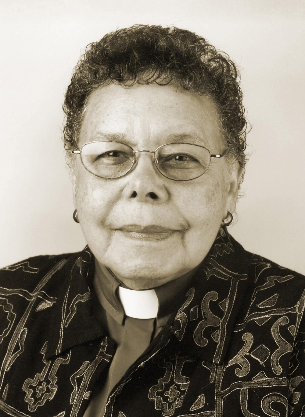 L'évêque méthodiste uni Leontine Turpeau Current Kelly. Photo sépia par Mike DuBose, UM News.