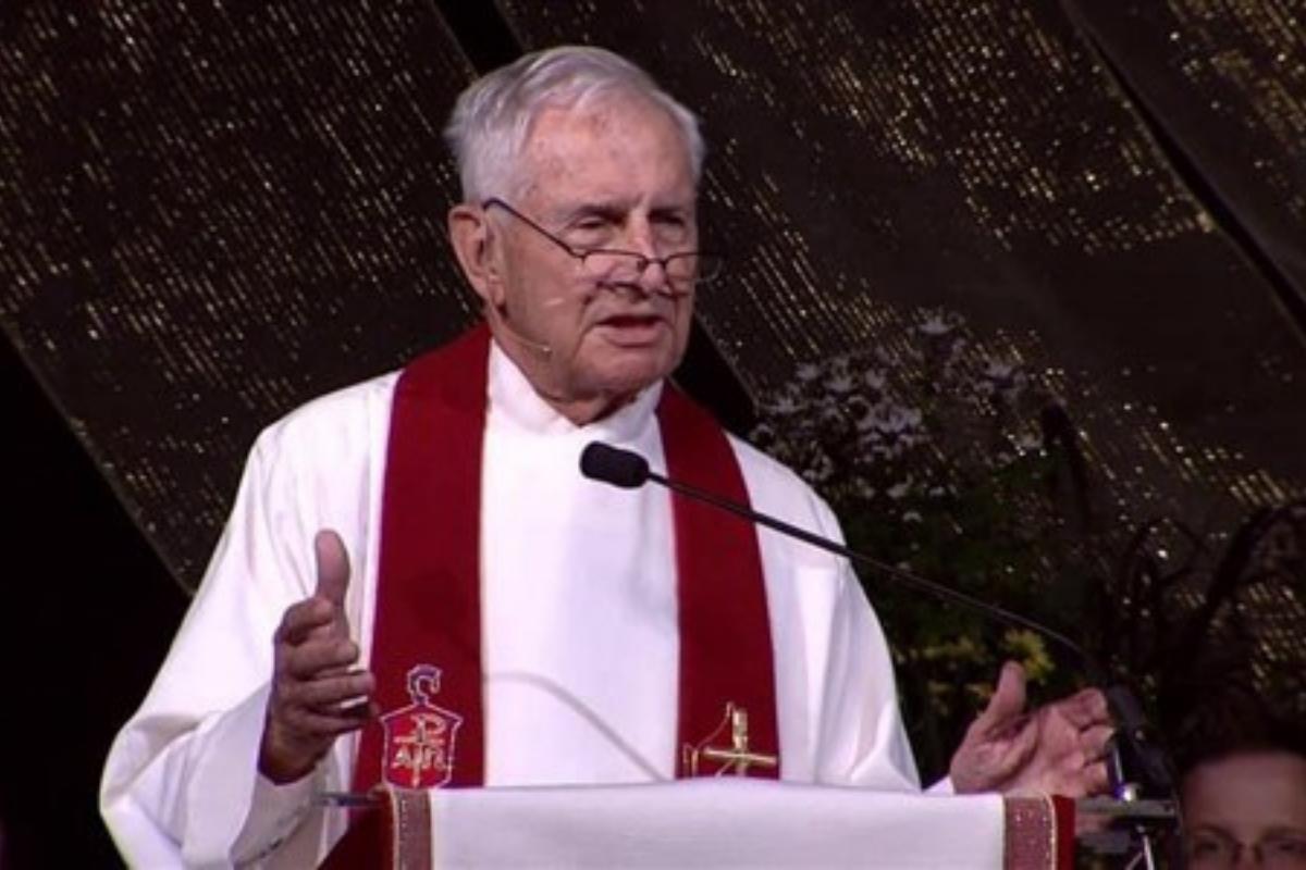 Bishop Joseph H. Yeakel (File photo - courtesy of the Baltimore-Washington Conference)